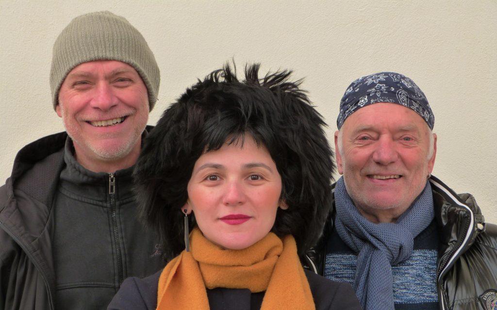 Die Gruppe Jojo Mosia